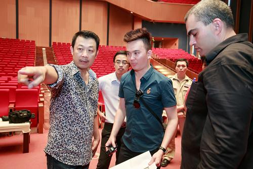 he lo san khau hoanh trang cua liveshow van son 51 - 4