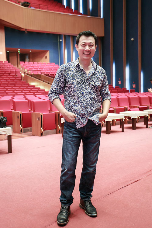 he lo san khau hoanh trang cua liveshow van son 51 - 6