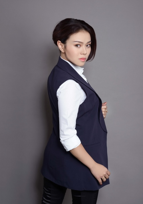 thanh thao khoe tron lung tran nuot na - 18