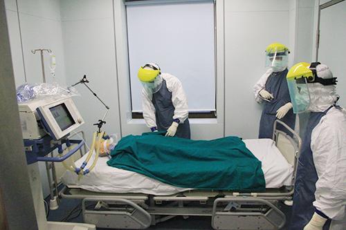 can canh quy trinh ung pho voi ebola o ha noi - 15