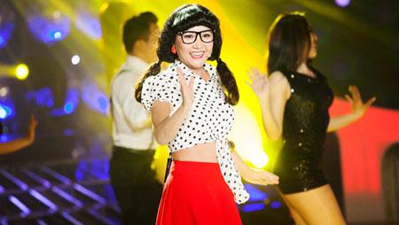 'my tam thu hai' cua showbiz viet: vung vang de khong bo cuoc - 1