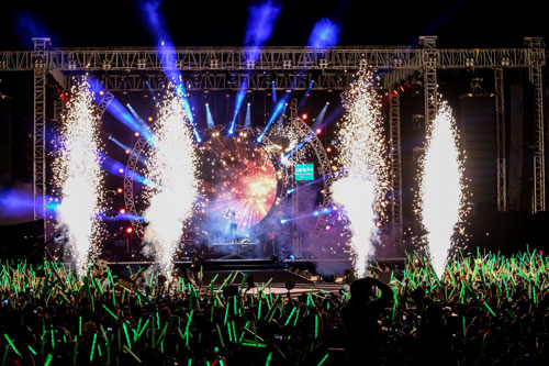 live concert cua my tam duoc fanpage giai thuong the gioi quan tam - 3