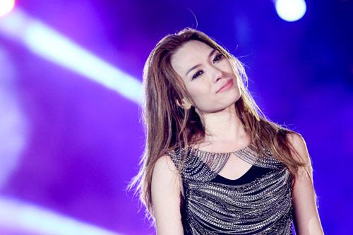 live concert cua my tam duoc fanpage giai thuong the gioi quan tam - 4