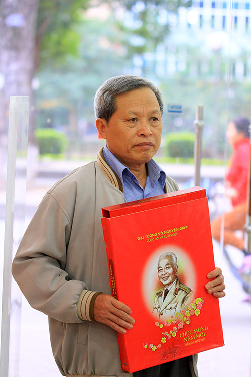 ngam bo lich ve cuoc doi va su nghiep cua dai tuong - 16
