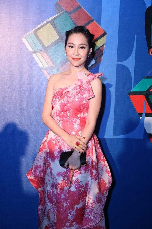 elle show: my nhan ho chung muc - goi cam khon luong - 4