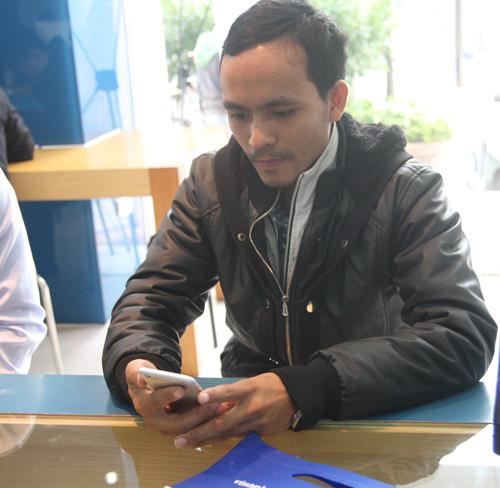 iphone 6 chinh hang 'chay hang' trong ngay dau mo ban - 10