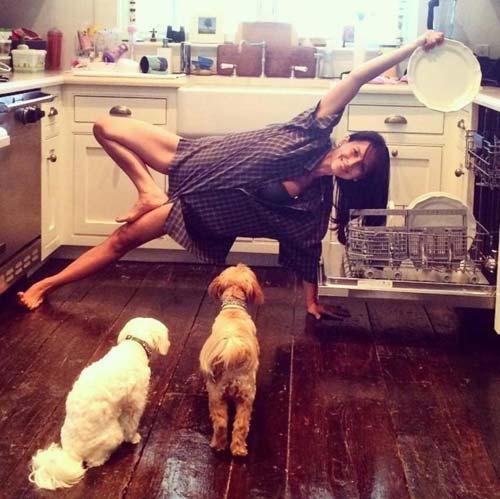 nhung tu the yoga doc dao cua my nhan hollywood - 7