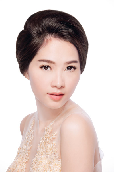kham pha lan da trang hong cua hoa hau thu thao - 1