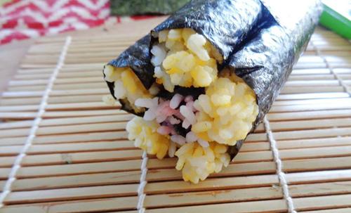 com cuon sushi vua ngon lai dep - 5