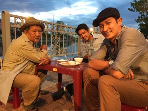 kim hien hanh phuc nhin con trai lam mc song ngu - 8