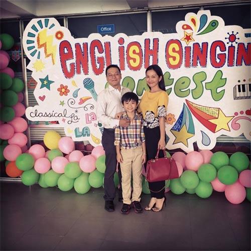 kim hien hanh phuc nhin con trai lam mc song ngu - 2