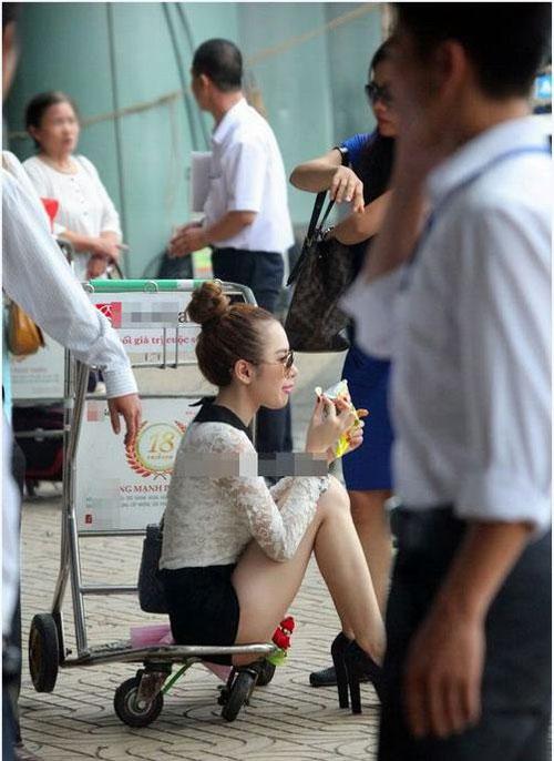 angela phuong trinh dieu tren muc can thiet tai san bay - 5