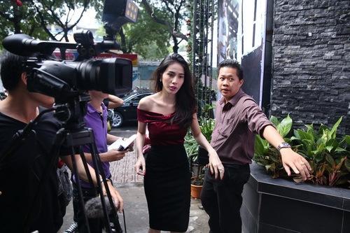 "thuy tien sinh nhat vang chong van ""quay tung"" - 2"