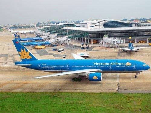 Mất quyền điều hành bay ở Tân Sơn Nhất: Đình chỉ một PGĐ-1