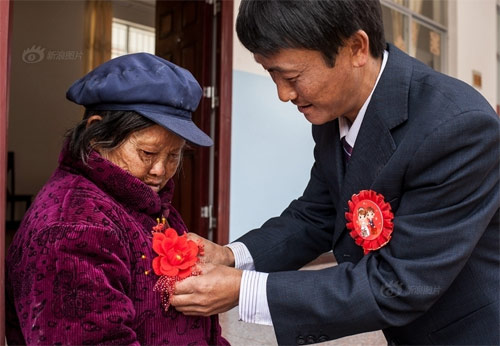 Đám cưới phá vỡ lời nguyền tại ngôi làng bệnh phong-5