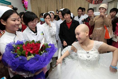 Rơi nước mắt với đám cưới của cô dâu mắc bạo bệnh-4