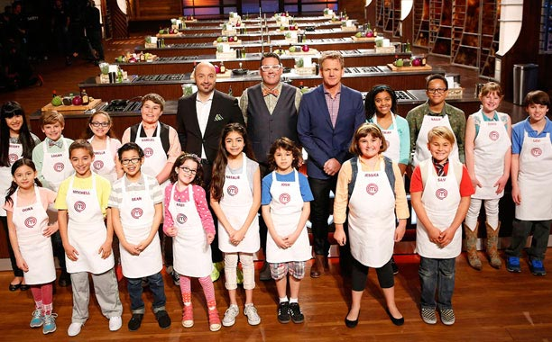 masterchef junior: co be abby nau an tu nam 2 tuoi - 12
