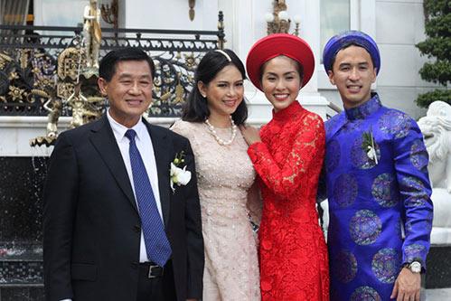 Sao Việt chuộng lễ ăn hỏi kiểu truyền thống-12
