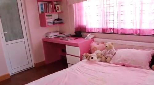 tham quan phong ngu hong lang man 4 hot girl xinh xan - 1