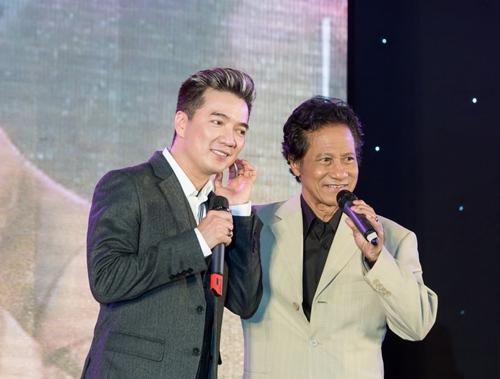 Phi Nhung khen Chế Linh đẹp trai và phong độ-6