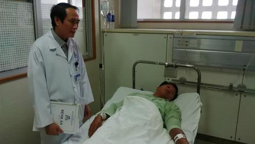 TT-Huế: Gần chục người nhập viện vì rắn lục đuôi đỏ cắn - 2