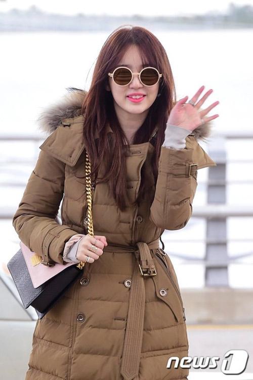 yoon eun hye xinh dep tai san bay di tham du mama - 2