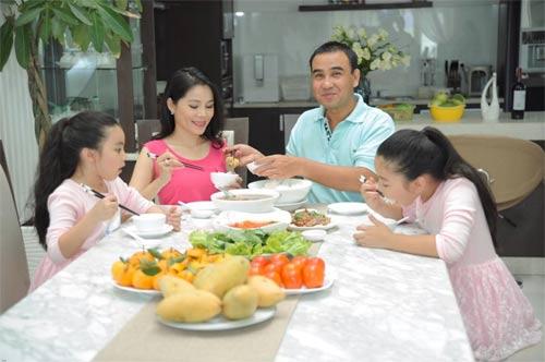 "cap doi tran thanh - mai ho ""guong vo lai lanh""? - 7"