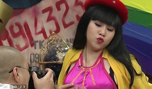 truong phuong bat ngo giam can ngoan muc - 1