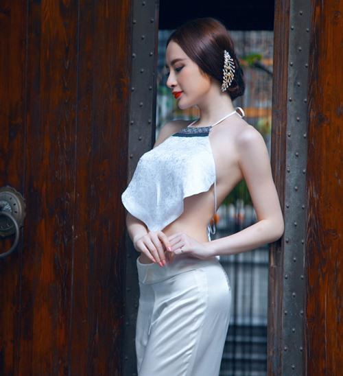 angela phuong trinh goi cam kho cuong voi ao yem - 3