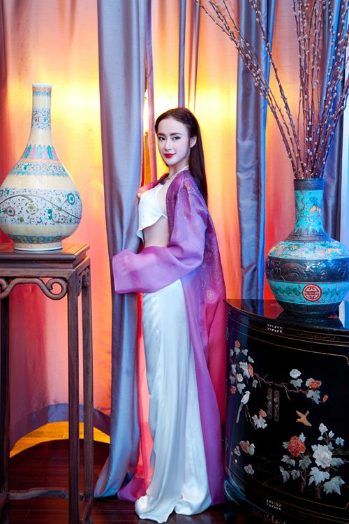 angela phuong trinh goi cam kho cuong voi ao yem - 8
