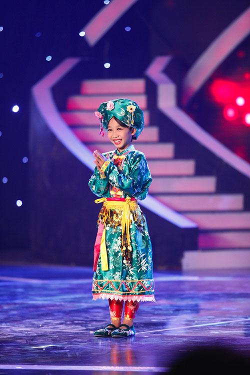"cau be ""thi mau"" tien thang vao chung ket got talent - 8"