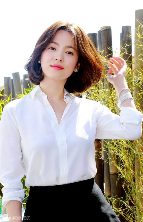 """nhung khoanh khac """"van nguoi me"""" cua song hye kyo - 15"""