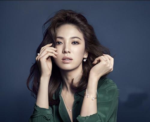 """nhung khoanh khac """"van nguoi me"""" cua song hye kyo - 13"""