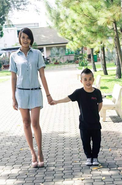 "nhung chuyen tinh dua lech ""gay bao"" nam 2014 - 2"