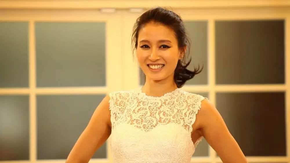 sao han xin loi nhan vien an ninh vi thai do phan biet - 1