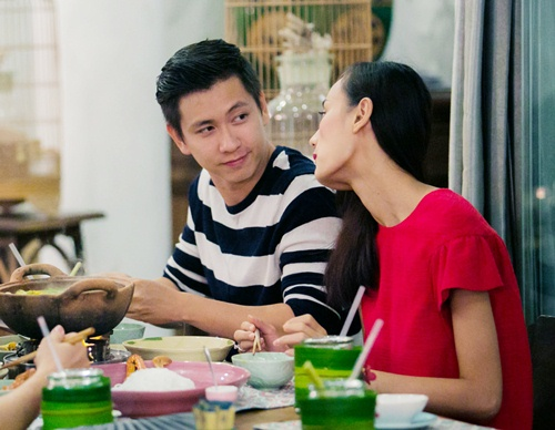 chong sap cuoi nam chat tay le thuy tren pho - 5