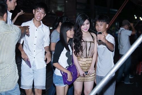 huong tram tu tin khoe chan thon dai thang tap - 1