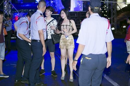 huong tram tu tin khoe chan thon dai thang tap - 3