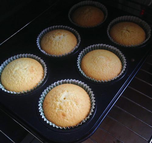 cupcake vani cho giang sinh ngot ngao - 4
