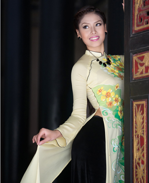 bat ngo it ai biet cua nguyen thi loan o top 25 miss world - 12