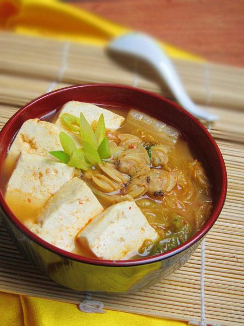 canh kim chi nau ngao dau nong hoi - 9