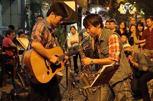 """nsut thai bao: 20 nam """"giu lua"""" tinh yeu - 4"""