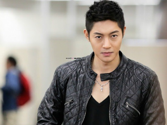 nhung scandal chan dong nhat showbiz han 2014 - 1