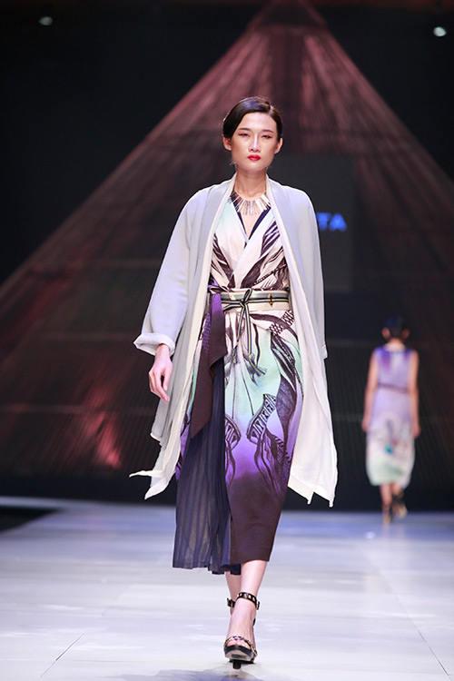 top 4 show thoi trang dang xem nhat viet nam 2014 - 5