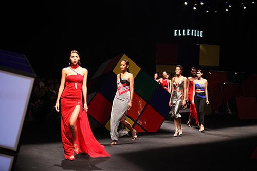 top 4 show thoi trang dang xem nhat viet nam 2014 - 10