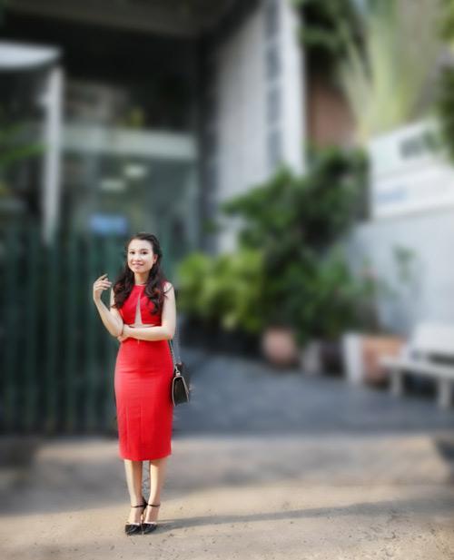 dien ao khong tay khoe ca tinh voi guong mat thoi trang - 6
