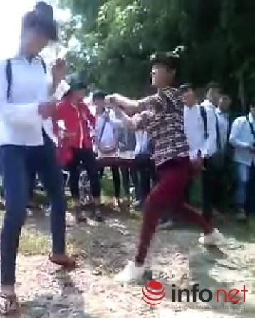 choang voi clip nu sinh thu do danh nhau - 1
