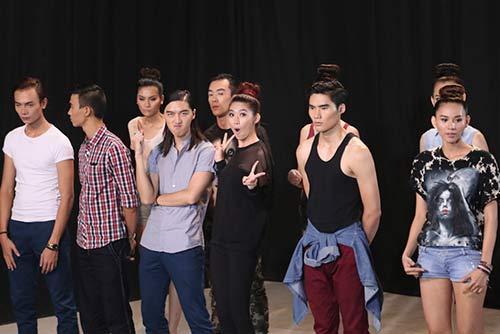 nghi van tinh tay ba cua thi sinh vn's next top model 2014 - 7