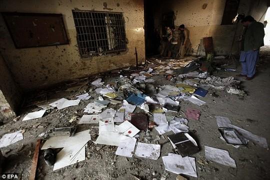 pakistan: lo dien ke chu muu vu tham sat 132 hoc sinh - 5