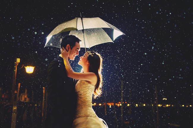 Những bức ảnh cưới dưới mưa đẹp đến nao lòng!